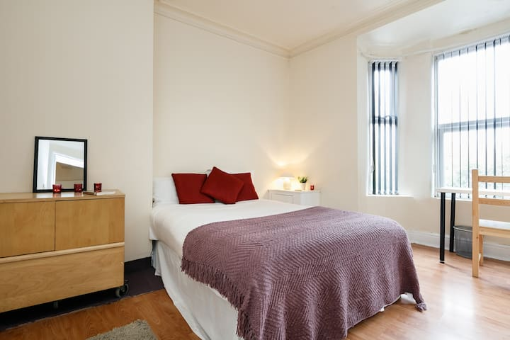 Manchester Large Double Room - Manchester - Ház
