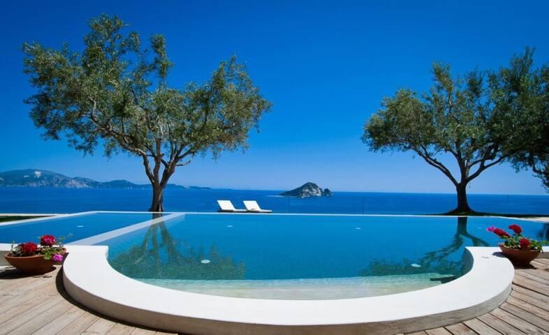 Villa Pine - Zakinthos - บ้าน
