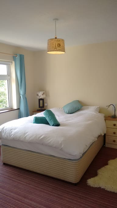 Double Room, Kind size bed