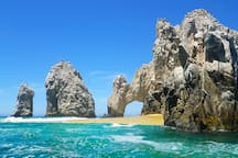 Cabo's famous arch