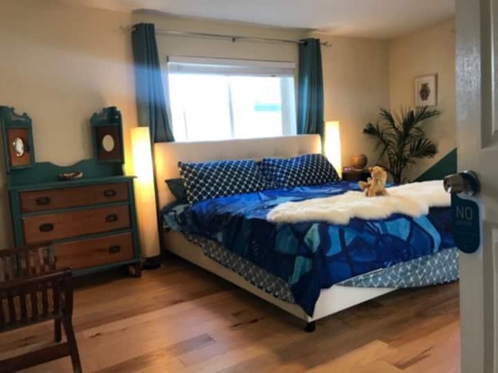Private Room in Richmond