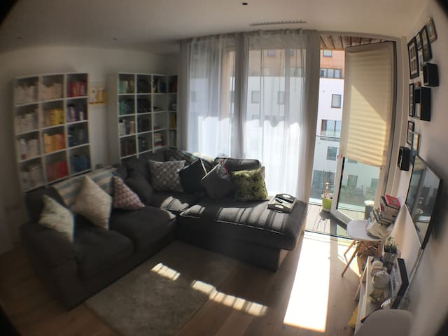 Modern 1 bed flat in north LDN