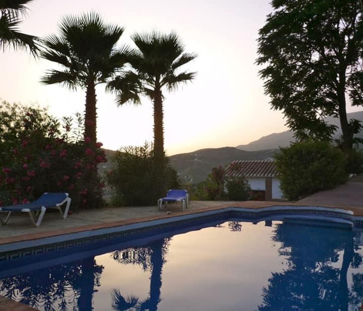 Casa Azahara,4 pers,Piscine, vues incroyables