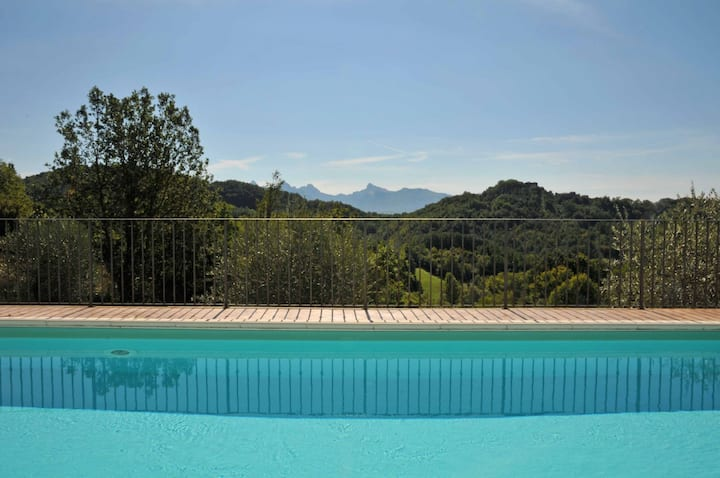Villa Il Nido, 10 pax with Pool, near to 5Terre