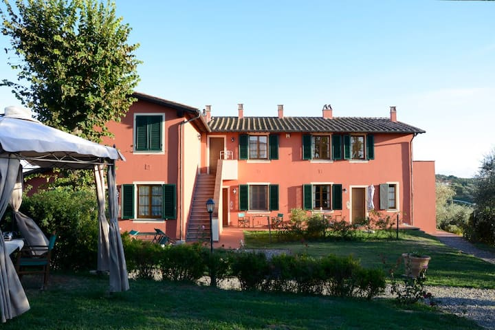 Appartamento in Agriturismo tra Pisa e Firenze - Cerreto Guidi - Lägenhet