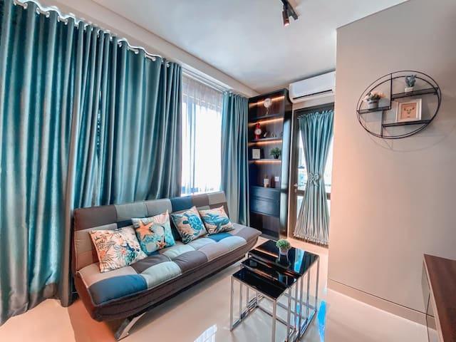 Unlock Apartment One-R #6-AA