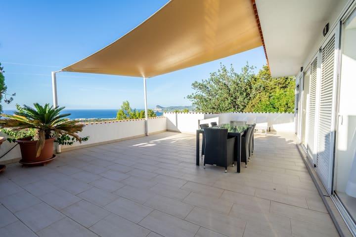 Apartamento bonito con vistas al mar en San José