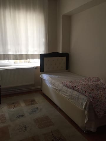 Ankara da Hastanelere yakın, merkezi,temiz ve ucuz