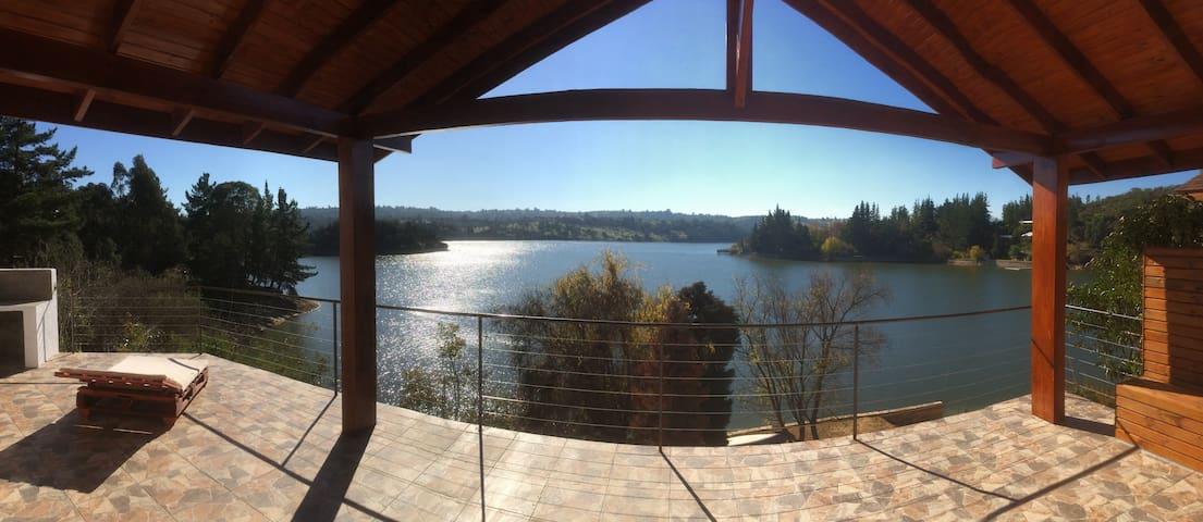 Casa Lago Rapel sector Estero Pulin, 12 personas