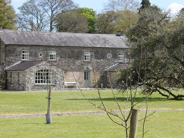 The Garden Cottage @ Clonalis House Self Catering