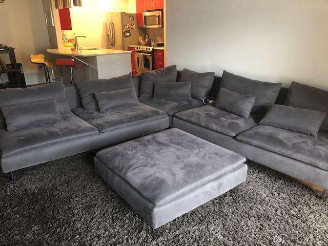 Comfy Modern Condo