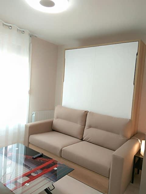 Rymligt rum med badrum i Vitoria Center