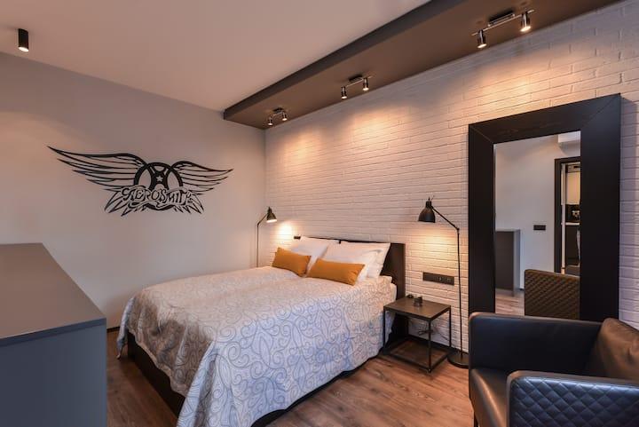 Sofia Dream Apartments-Rock'n'Roll 1BD
