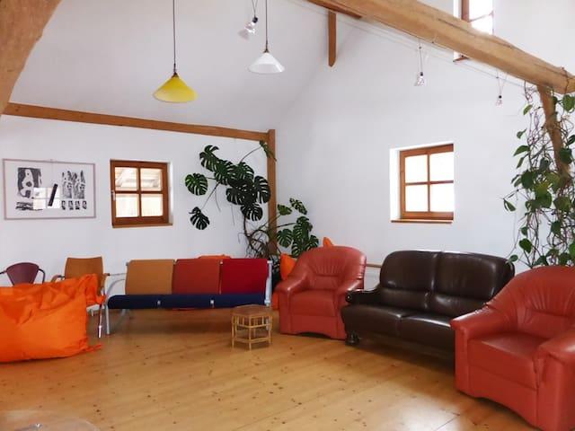 idyllischer Vierseithof - Kröning - House