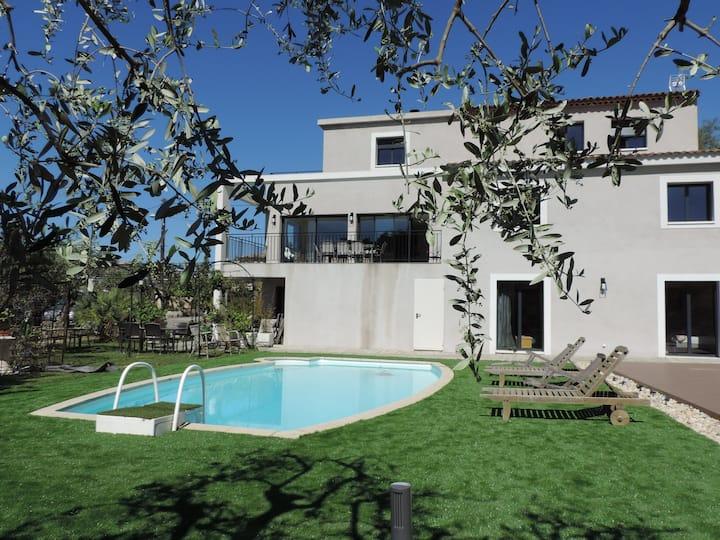 Superbe villa d'architecte sur hauteurs de Nice