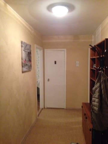 Сдам  3-х комнатную квартиру - Narva-Jõesuu - Byt