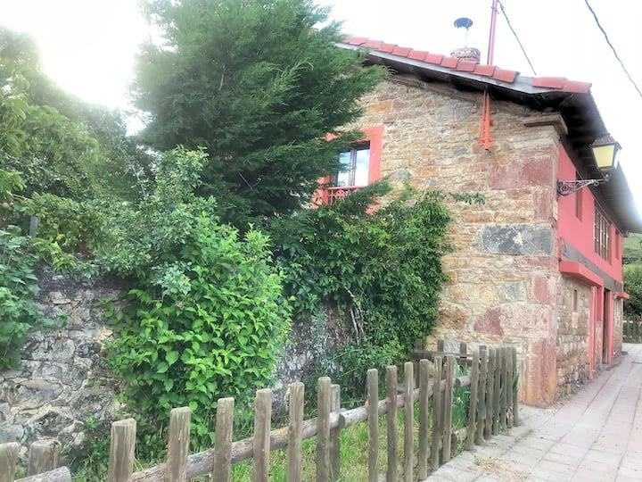 Luz de Babia. Casa Rural de alquiler completo