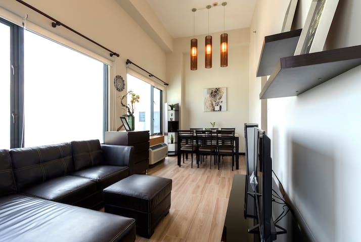 Your Fabulous Penthouse in Eastwood City