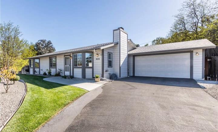 Lovely 3 bedroom house near wineries