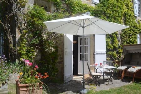 Gite Getaway in Sunny Serignac - Sérignac - Other