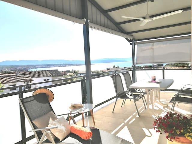 Family Sea View Apartment in Malinska/Island Krk