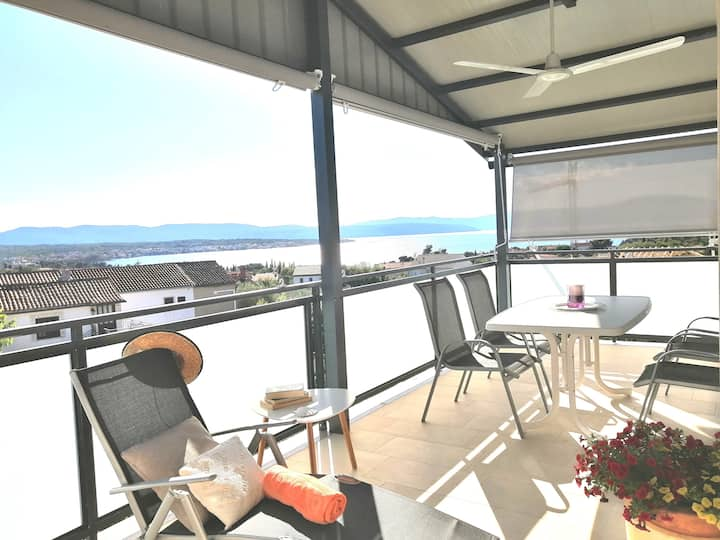 Modern Sea View Apartment in Malinska/Island Krk