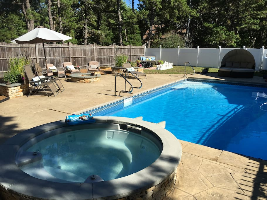 Hot tub in private back yard