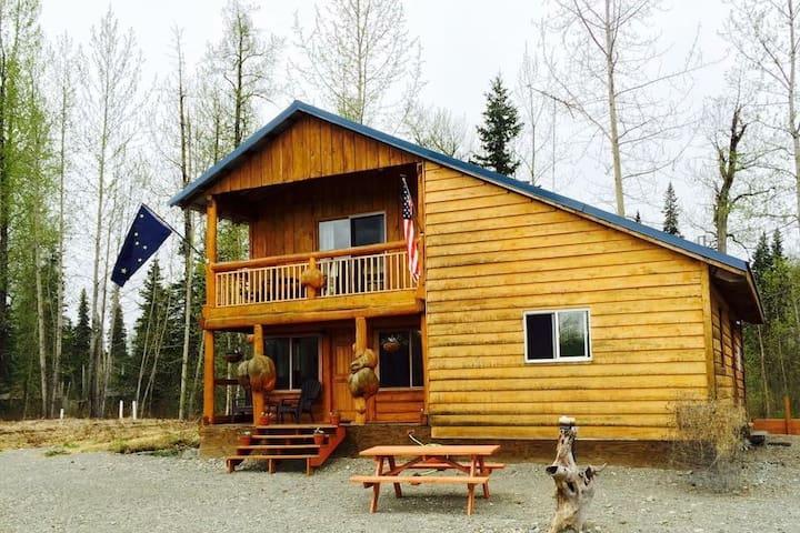 Trout House on Montana Creek - Talkeetna - Stuga