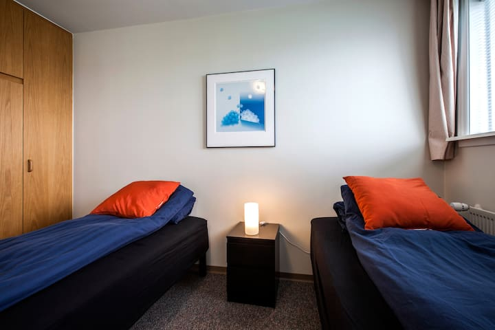 Near the airport and the Blue Lagon Private room 4 - IS - Apartamento