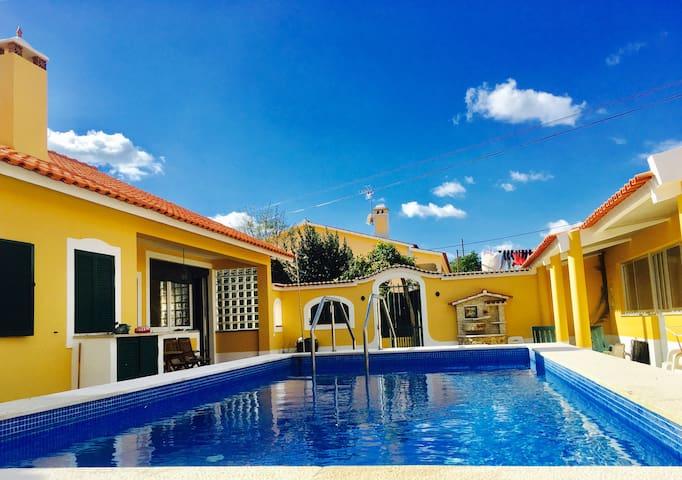 O Nosso Cantinho (private pool)
