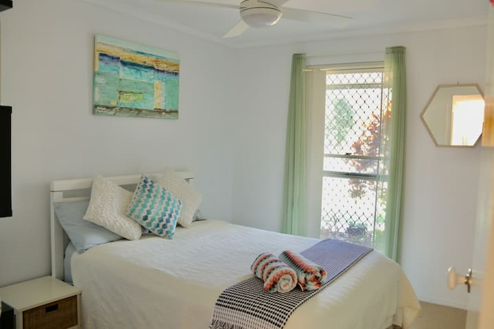 Private Bedroom - Peace & Tranquility, Double bed