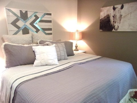 Cottage -  Sparkling Clean & Contactless Checkin