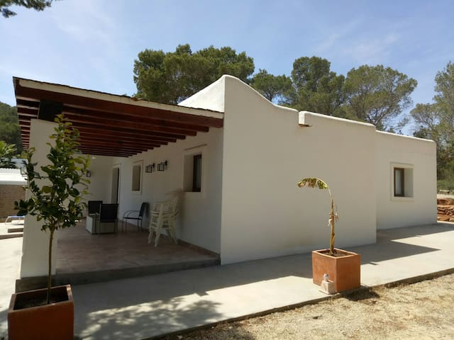 Double bed room in charming finca
