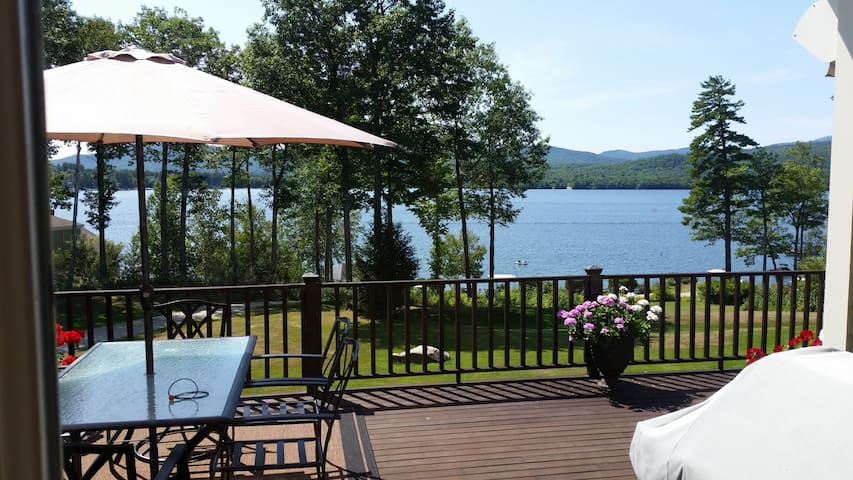 Newfound Lake Waterfront Home - Bridgewater - Talo
