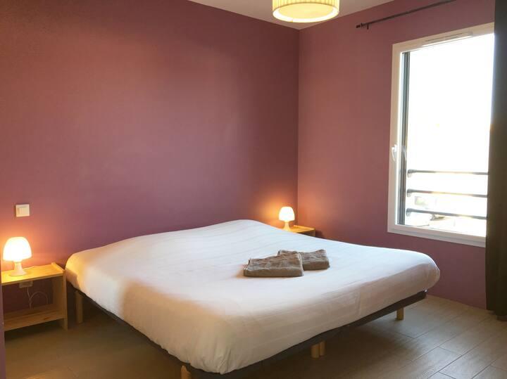 Chambre 2 - Piscine chauffée et jacuzzi en options