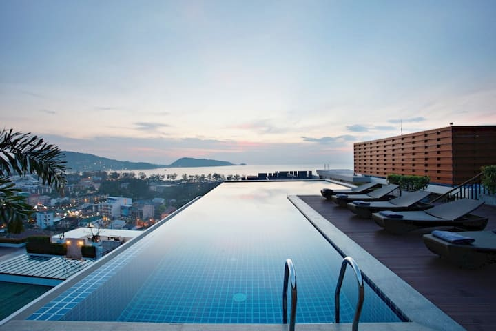 海景日落豪华 SUNSET SEAVIEW DELUXE PATONG - POOL+TERRACE