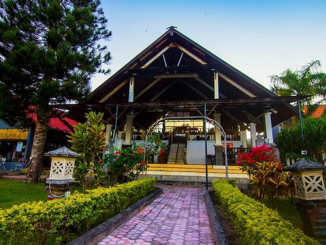 Aman Gati Hotel & Resort