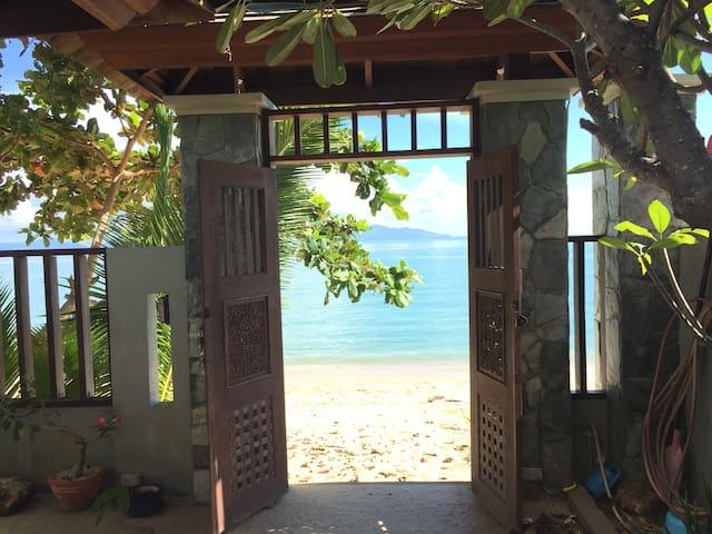 Beach villa at Maenam , Koh Samui - Ko Samui