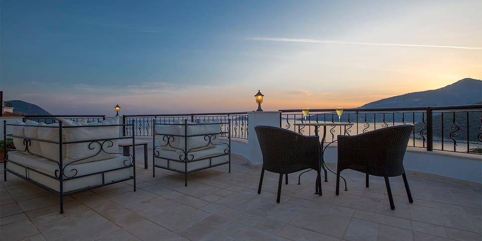 Vine Apartment, Kalkan