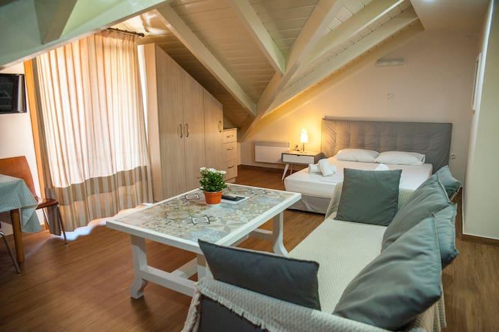 Cozy Loft in Argostoli - Loft #2
