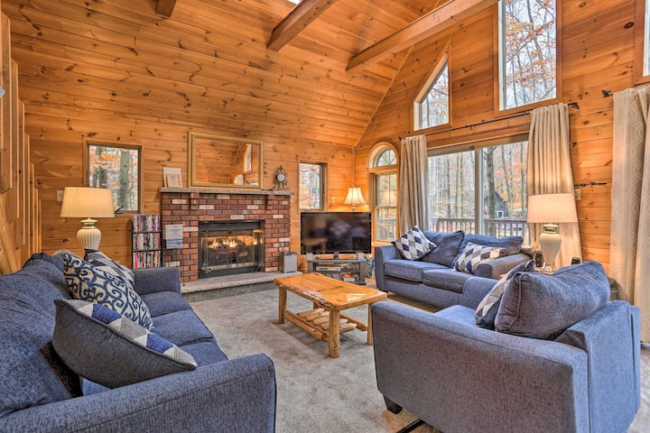 Cozy Arrowhead Lake Cottage w/ Fireplace!