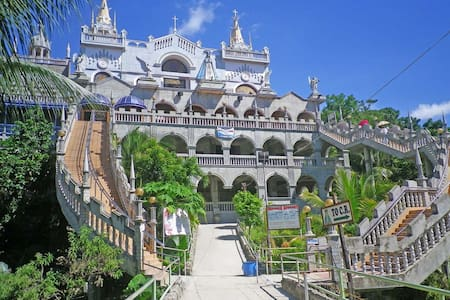Spiritual Retreat in Simala Room #2 - House