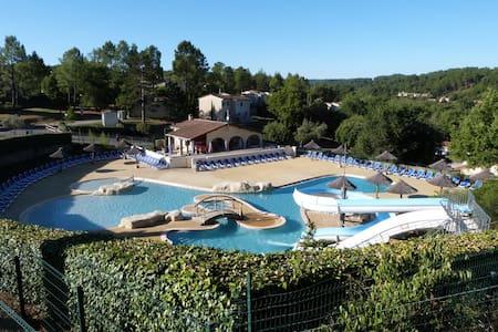 location dans résidence de tourisme - Vallon-Pont-d'Arc