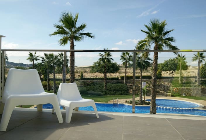 Penthouse with swimming pool - Orihuela