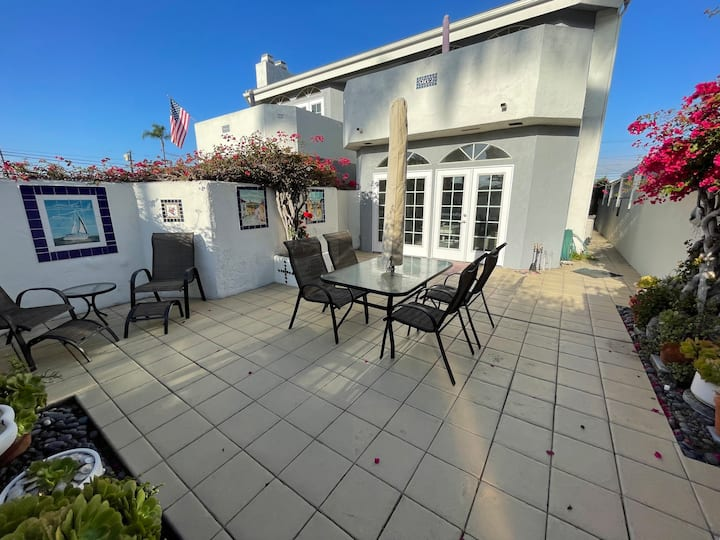 House of Bells 960 C 2B/2B Private Patio 1st flr