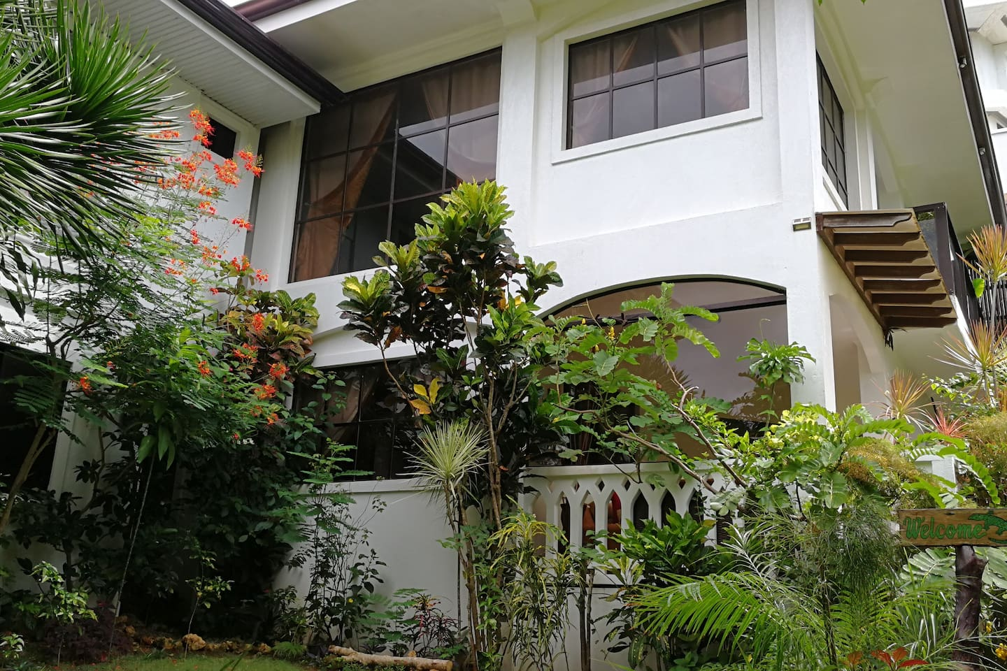 Luxurious and Private Villa 豪华私人别墅