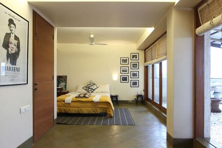 terrace apartment in south mumbai - Mumbai - Apartamento
