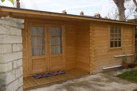 Self-catering Chalet with Parking - Dorset