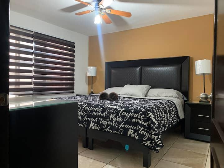Casa confort con cochera y 100% Sanitizada