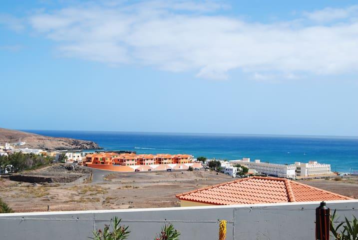Casa Vistamar con jardín. - Tarajalejo